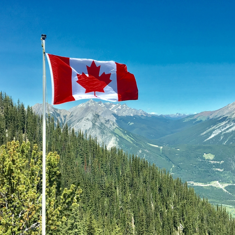 A Quick Guide for Families to Applying for Permanent Residency in Canada